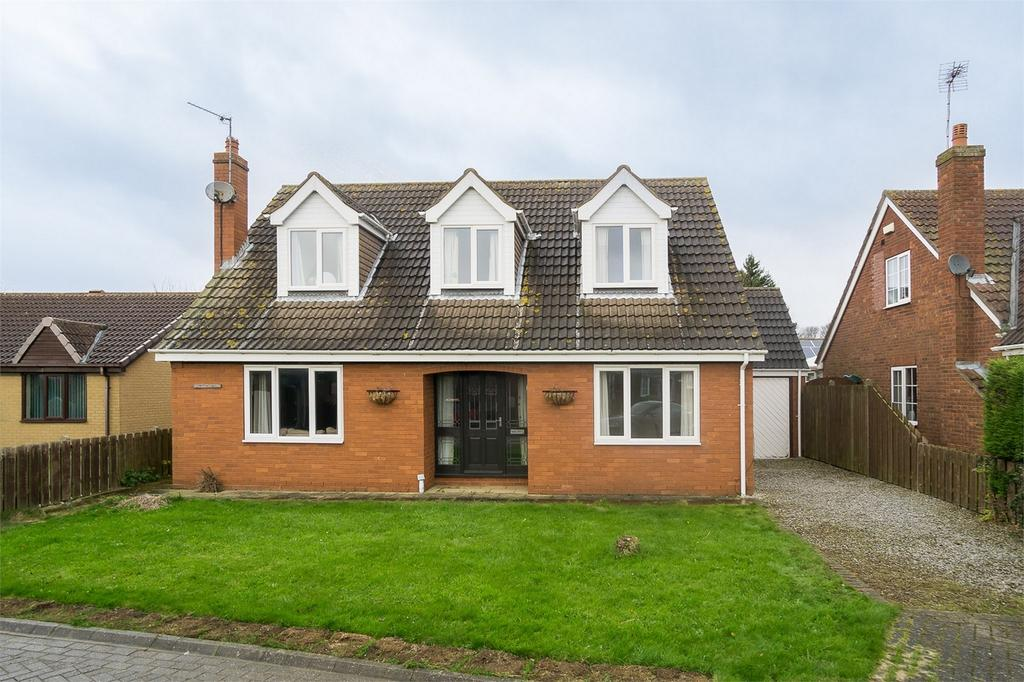 4 Bedrooms Detached House for sale in South Park, Roos, East Riding of Yorkshire