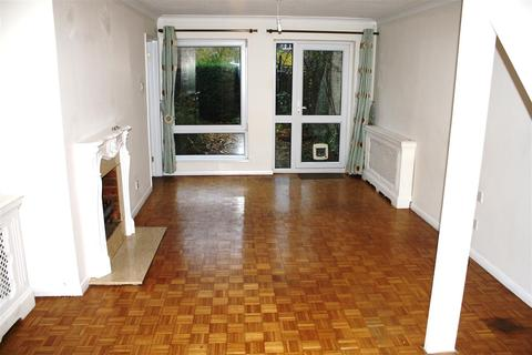 3 bedroom terraced house to rent - Scotts Walk, Chelmsford