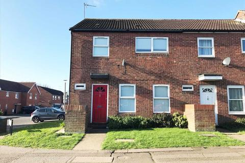 3 bedroom end of terrace house to rent - Hawthorn Avenue, Colchester