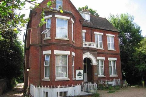 Studio to rent - Westwood Road, Southampton