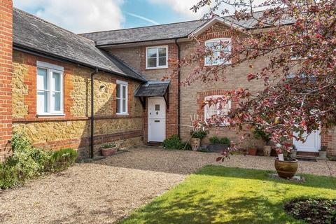 2 bedroom terraced house for sale - Bramley, Guildford