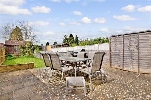 2 bedroom end of terrace house for sale - Shipbourne Road, Tonbridge, Kent