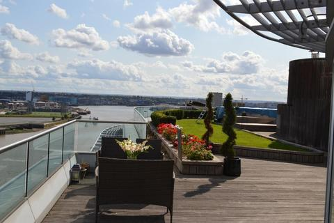 3 bedroom flat to rent - New Providence Wharf, 1 Fairmount Avenue, Blackwall, Canary Wharf, London, E14 9PJ