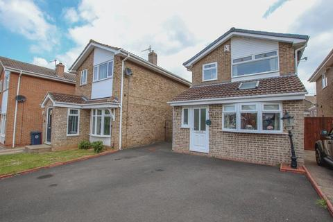 3 bedroom detached house for sale - Brocklesby Road, Guisborough ***WITH MEDIA TOUR***
