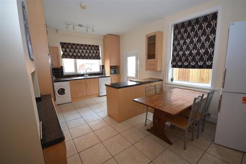 5 bedroom semi-detached house for sale - Ella Road, West Bridgford, Nottingham