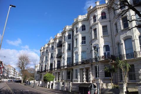 1 bedroom flat to rent - Denmark Terrace