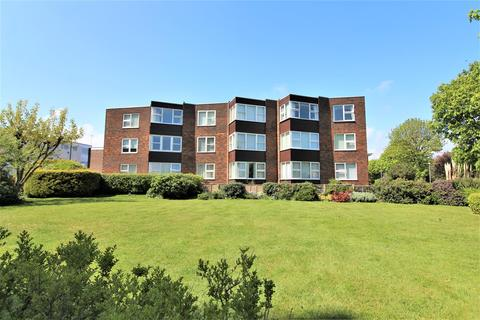 2 bedroom apartment for sale - The Crescent, Frinton-On-Sea