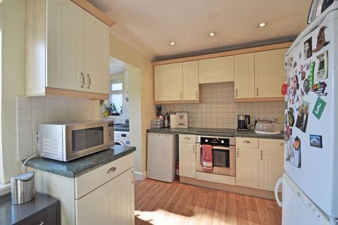3 bedroom semi-detached house to rent - Alwyn Road, Maidenhead