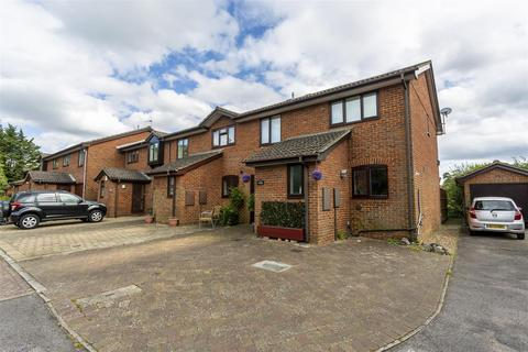 4 bedroom end of terrace house for sale - The Orchard, Banstead