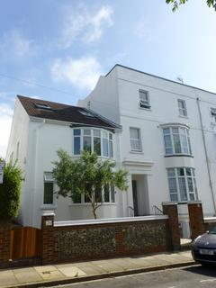 Studio to rent - Powis Grove, Brighton, BN1 3HF