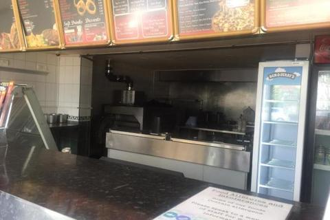Restaurant to rent - Warmsworth Road, Doncaster DN4