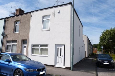 4 bedroom end of terrace house to rent - Clayton Street, Skelmersdale, WN8