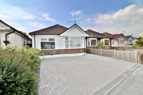 3 bedroom detached bungalow for sale - Walliscott Road, Bournemouth