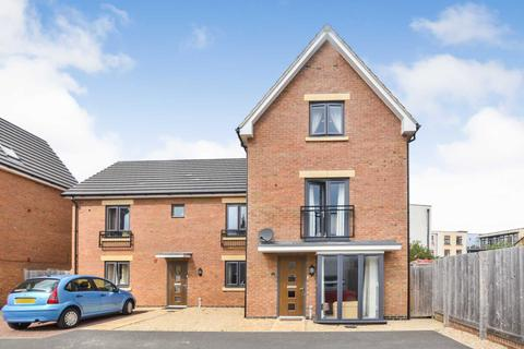 4 bedroom townhouse for sale - Prestbury Close, Cheltenham, Gloucestershire