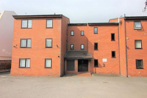 1 bedroom apartment to rent - Cambrian Court, Chester