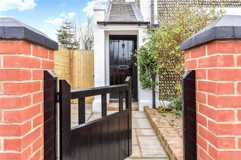 2 bedroom semi-detached house for sale - Clifton Road, Worthing, BN11