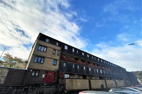 3 bedroom maisonette to rent - Braehead Road, Cumbernauld, North Lanarkshire, G67