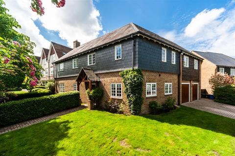 5 bedroom detached house for sale - Ascot