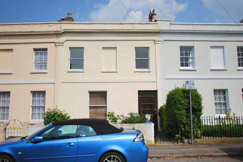 3 bedroom terraced house to rent - Fairview Road, Cheltenham GL52