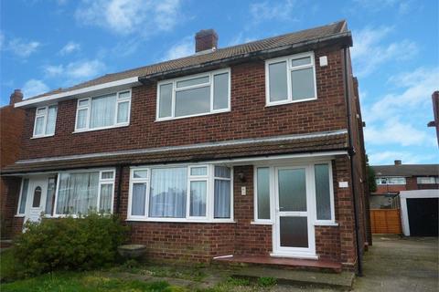 3 bedroom semi-detached house to rent - Lunedale Road, Fleet Estate, Dartford
