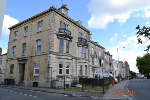 Studio to rent - Park Road, Gloucester