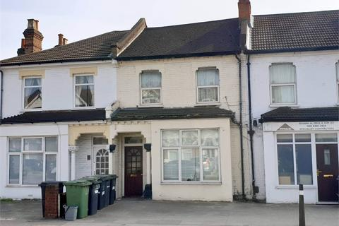 2 bedroom ground floor flat for sale - Brownhill Road, Catford, London, SE6 2EW