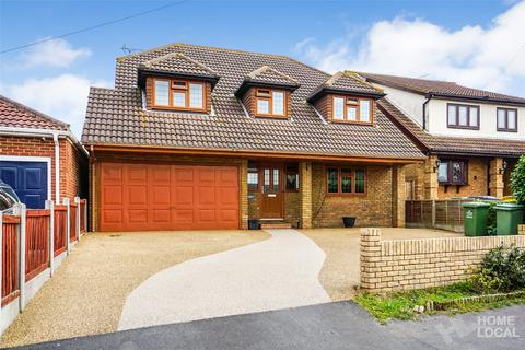 4 bedroom detached house for sale - Highlands Road, Bowers Gifford, Basildon, Essex, SS13