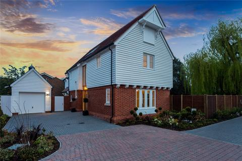 4 bedroom detached house for sale - Lynfield Mews, Stock, Ingatestone, Essex