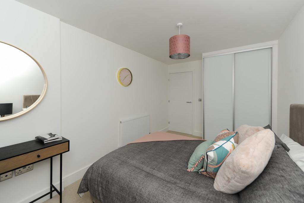 The Sunrise   Master Bedroom (1)