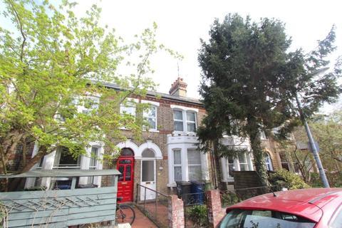3 bedroom terraced house for sale - Kimberley Road, Cambridge, CB4
