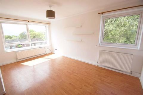 2 bedroom flat to rent - Wensleydale Court, Stainbeck Lane, LS7