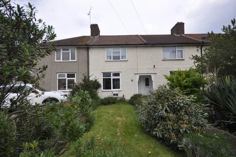 2 bedroom terraced house for sale - Spinney Gardens, Dagenham