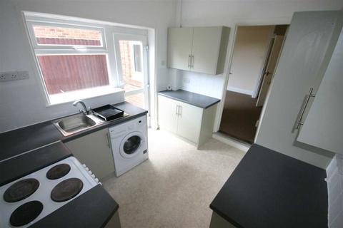 3 bedroom semi-detached house to rent - Tremona Road, Southampton