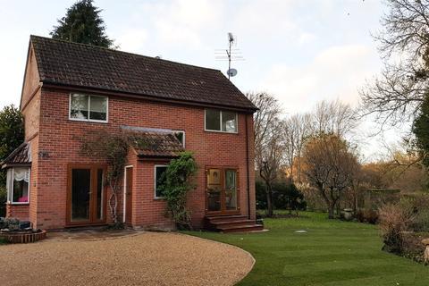 3 bedroom detached house for sale - Shepherds Close, Coombe Bissett, Salisbury, Wiltshire, SP5