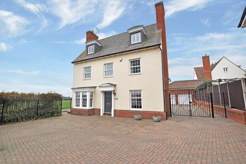 5 bedroom detached house for sale - Wharton Drive, Springfield, Chelmsford, CM1