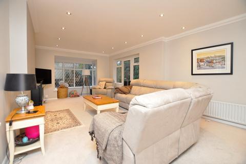 3 bedroom detached house for sale - Longstomps Avenue, Chelmsford, CM2