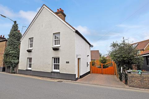 3 bedroom detached house for sale - Maldon Road, Great Baddow, Chelmsford, CM2