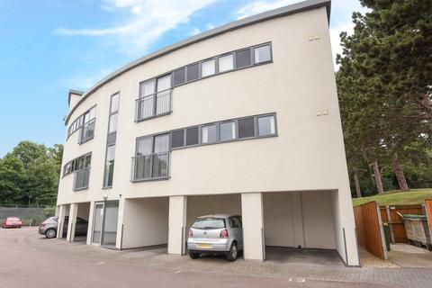 1 bedroom ground floor flat for sale - Flat 3 The Crescent, Gloucester Road