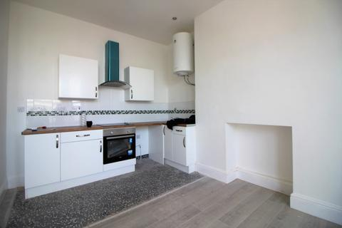 2 bedroom apartment to rent - South Road, Liverpool