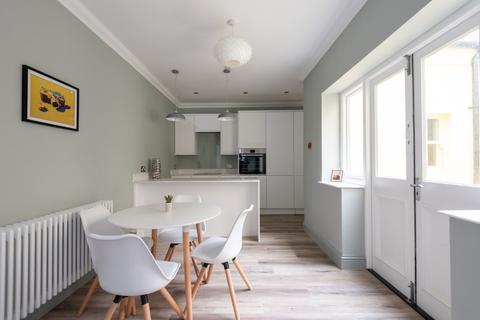 2 bedroom flat for sale - Brunswick Street West, Hove, East Sussex, BN3