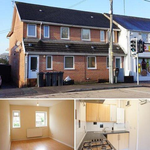 2 bedroom flat to rent - Neath Road, Rhos, Pontardawe, Neath and Port Talbot.