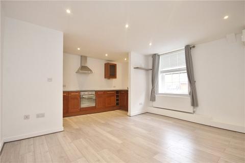 3 bedroom apartment to rent - Fox Lane North, Chertsey, Surrey, KT16
