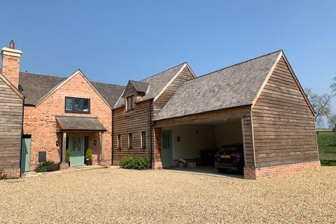 4 bedroom barn conversion to rent - Ashby Folville