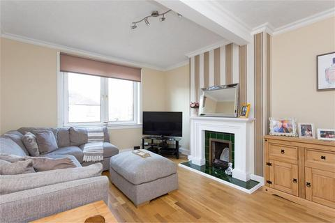2 bedroom flat to rent - Stenhouse Place West, Stenhouse, Edinburgh, EH11 3LB