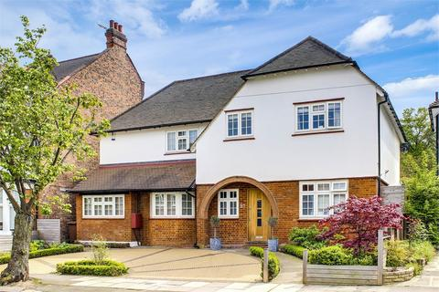 6 bedroom detached house for sale - Grosvenor Road, Muswell Hill, London