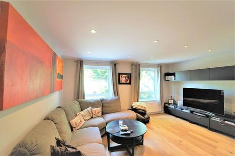 4 bedroom mews for sale - FREEHOLD MEWS HOUSE - SECURE GATED DEVELOPMENT