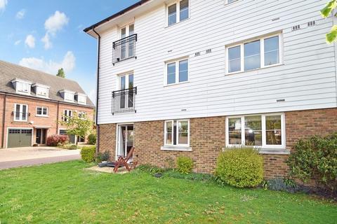 2 bedroom apartment for sale - Albion Way, Edenbridge