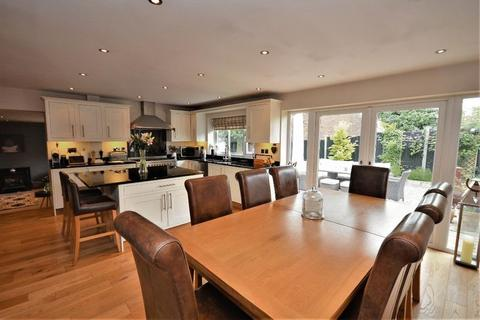 4 bedroom detached house for sale - Dark Lane, Chearsley