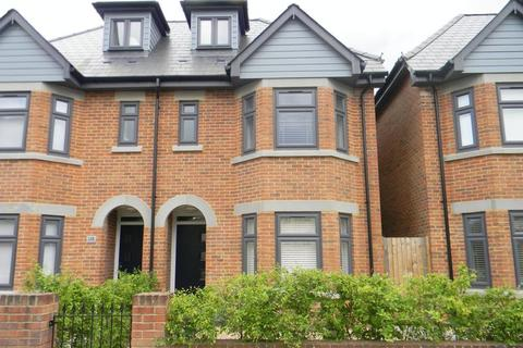 4 bedroom semi-detached house to rent - Waterloo Road, Southampton