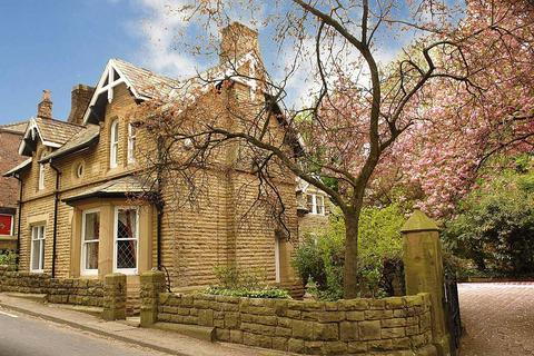 4 bedroom detached house for sale - Abney Road, Mossley, Ashton-under-Lyne
